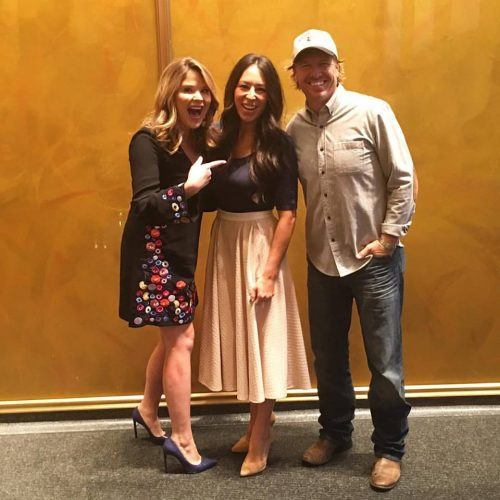 Joanna and Chip Gaines standing with host of the Today Show
