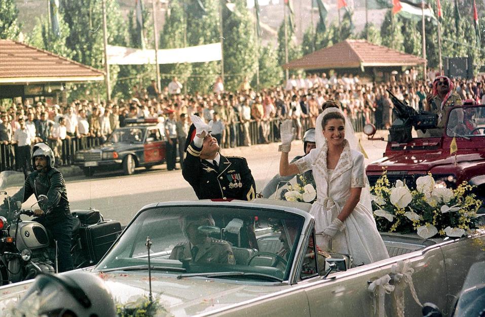 Jordanian Crown Prince Abdullah and his wife Rania on their wedding day in Amman