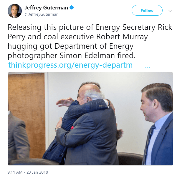 Rick Perry Robert Murray hugging tweet