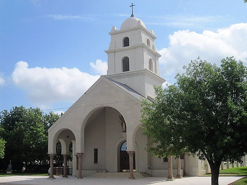 Sacred-Heart-Church-Crystal-City