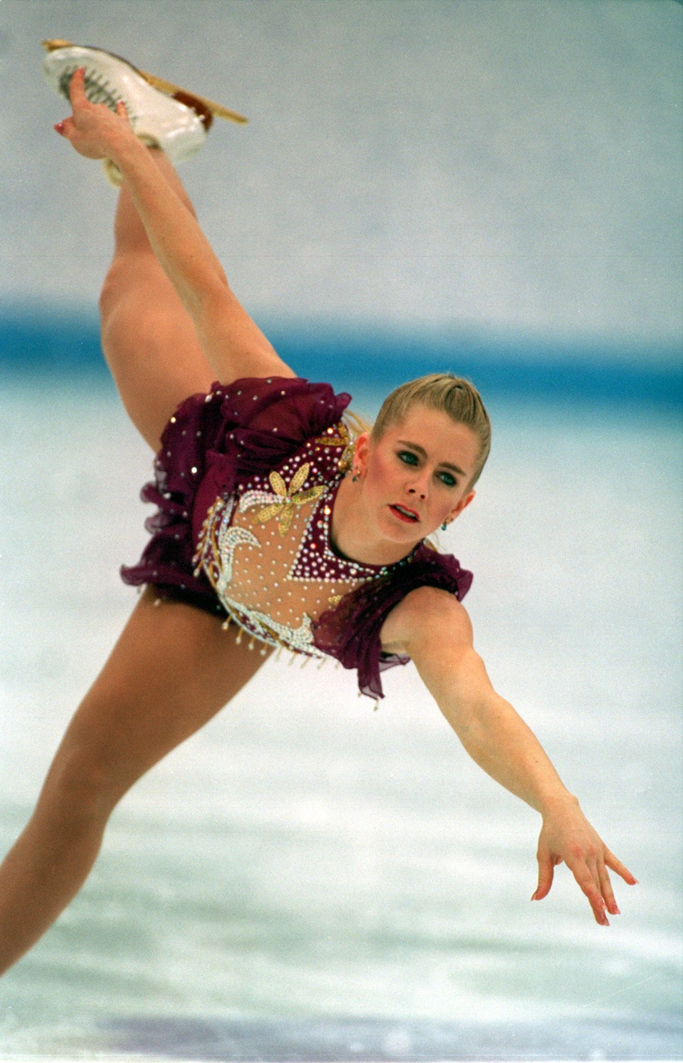 TONYA HARDING OF THE UNITED STATES IN ACTION IN THE FREE PROGRAM AT THE 1994 LILLEHAMMER WINTER OLYMPICS