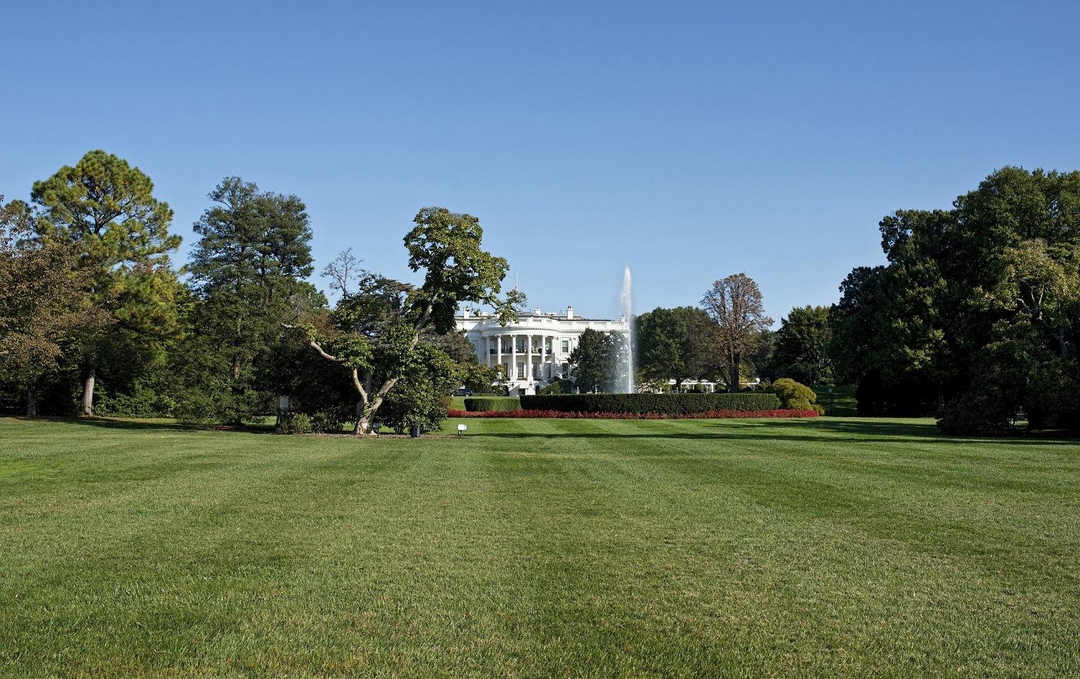 White House showing the South lawn , Washington DC.