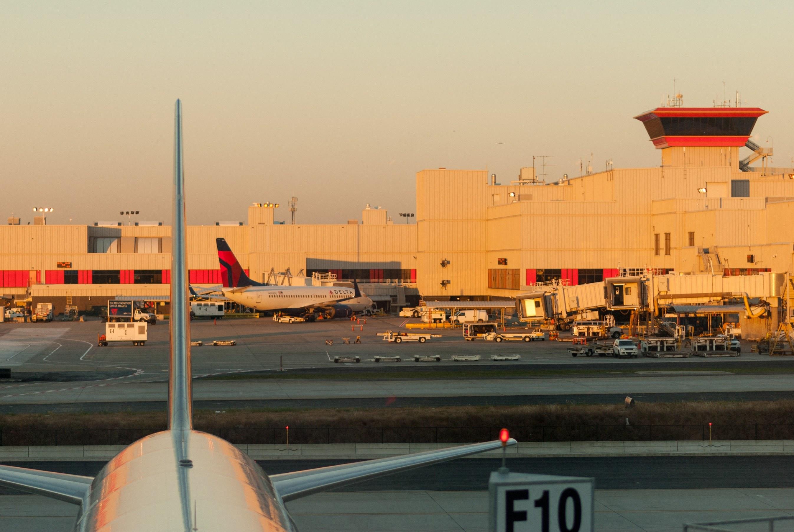Morning in Atlanta, Airport