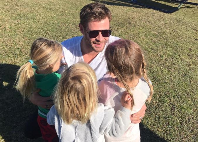 Chris Hemsworth and his children