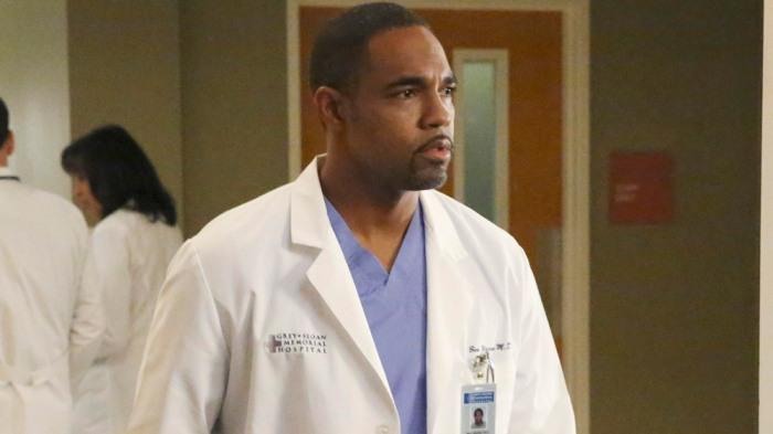 Jason George as a Greys Anatomy doctor