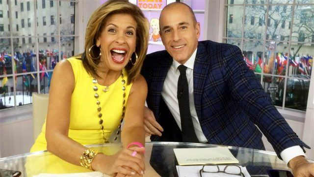 Hoda Kotb and Matt Lauer at a newsdesk.