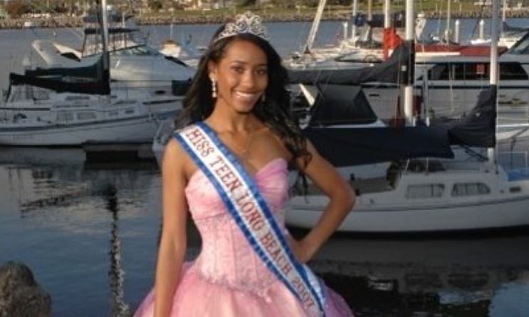 Seinne Fleming as Miss Teen Long Beach 2007