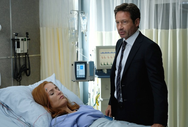 "Gillian Anderson and David Duchovny in the ""My Struggle III"" season premiere episode of THE X-FILES."