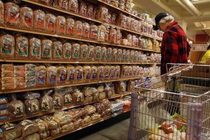 Money-Saving Secrets From People Who Never Overspend at the Grocery Store