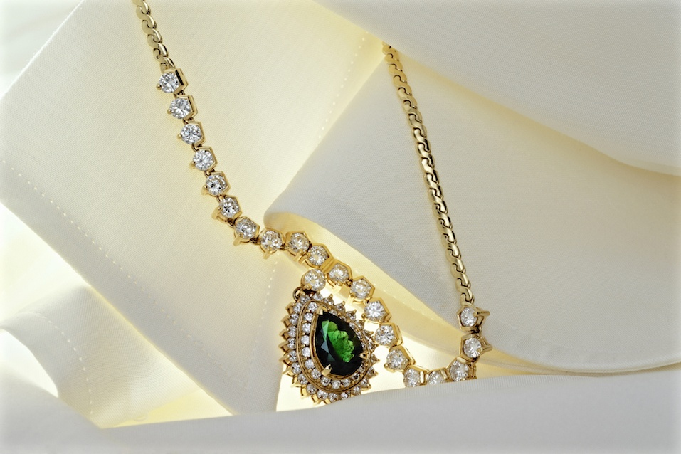 Adorned with silk blouses to Diamond Emerald pendants