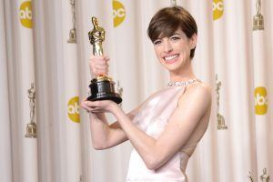 Anne Hathaway Loves Her Ice Cream in a Biodegradable Cup