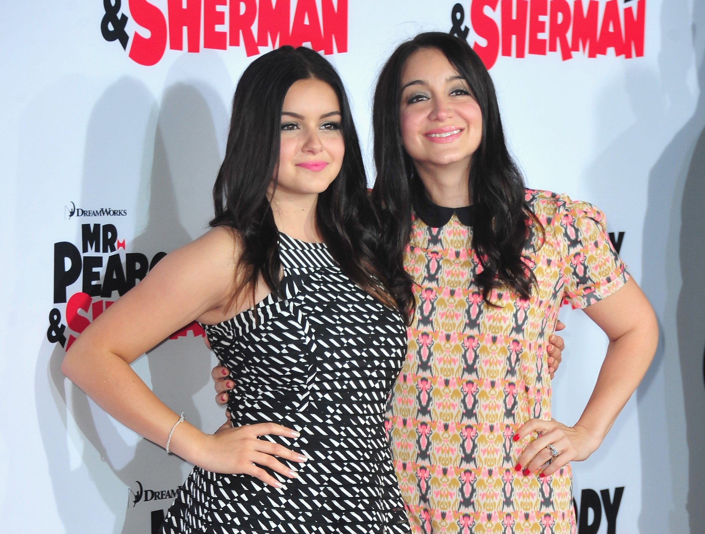 Ariel Winter and her sister at a premier