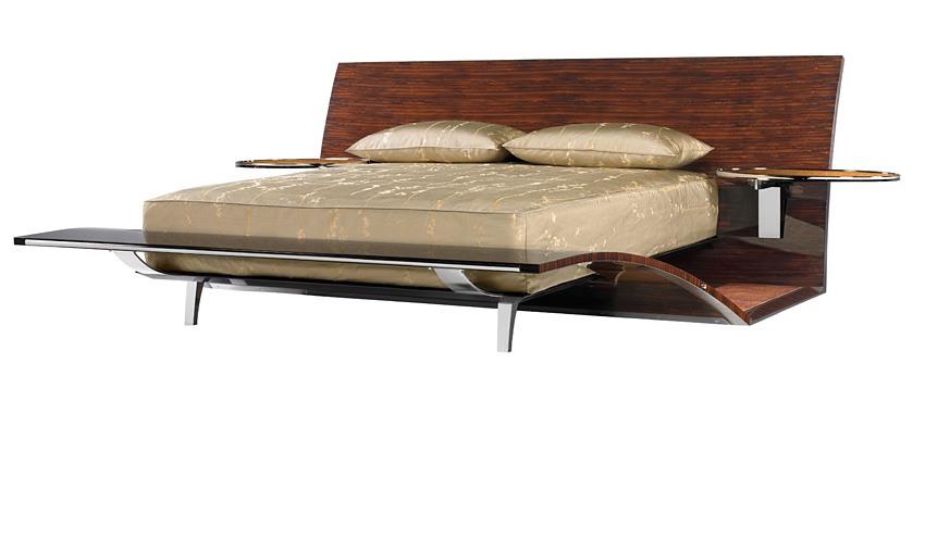 Brad Pitt design bed