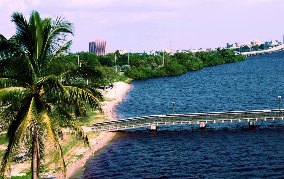 Caloosahatchee river and bridge.