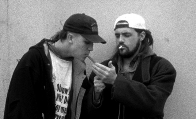 Jason Mewes and Kevin Smith in 'Clerks'.