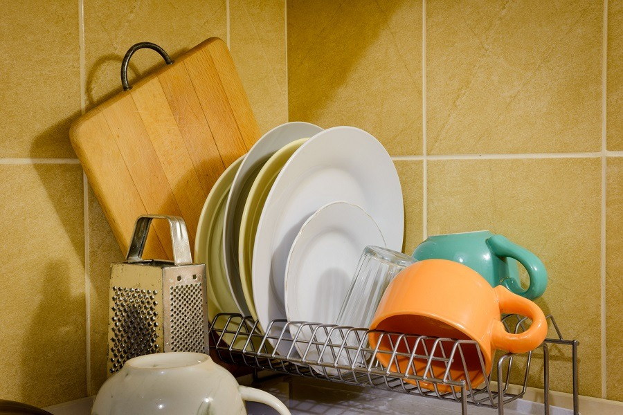 Dishes and Tableware