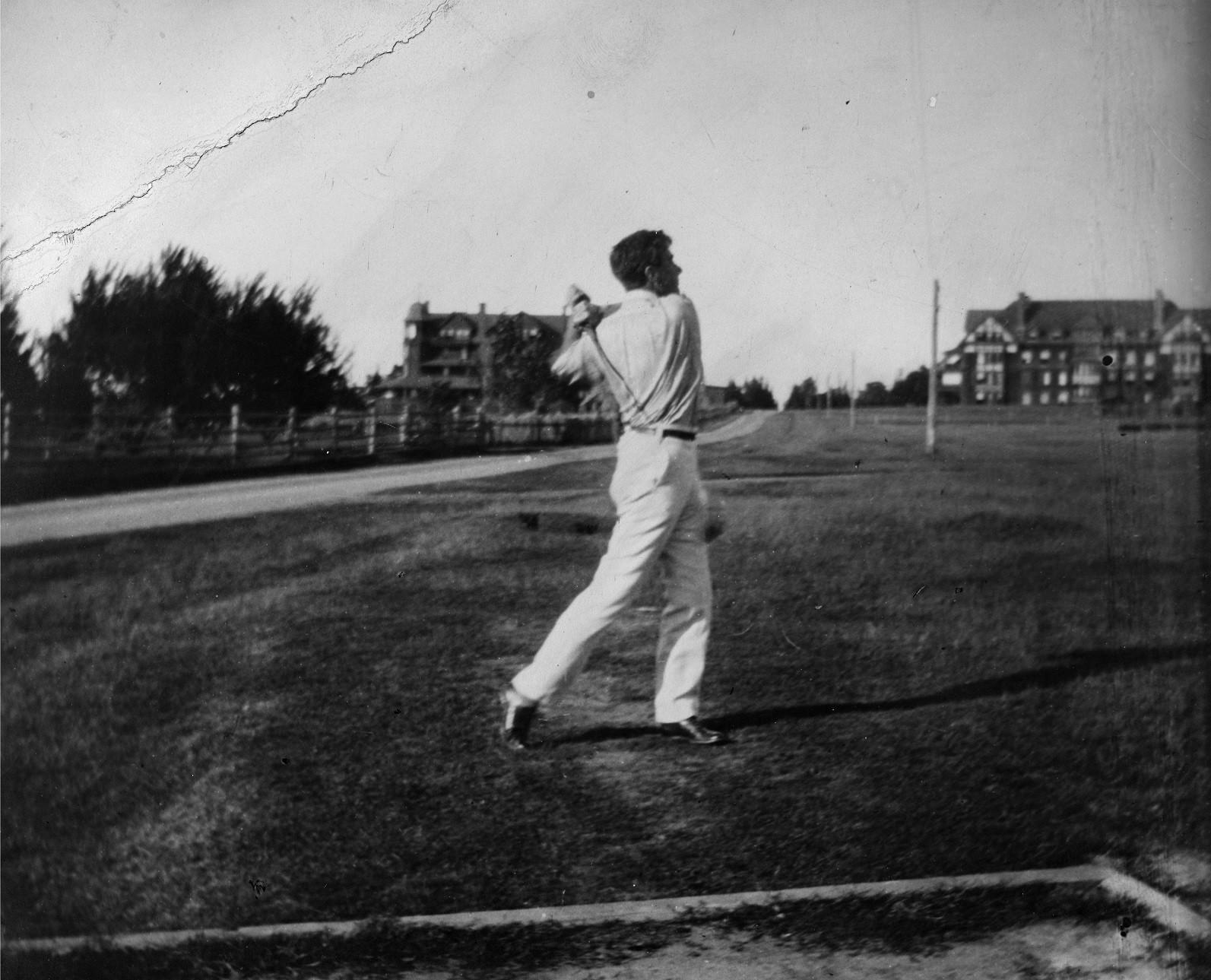 Franklin Delano Roosevelt FDR golfing
