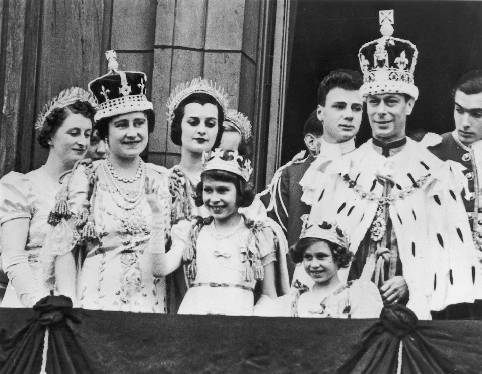 The royal family on the balcony at Buckingham Palace, after the coronation of King George VI