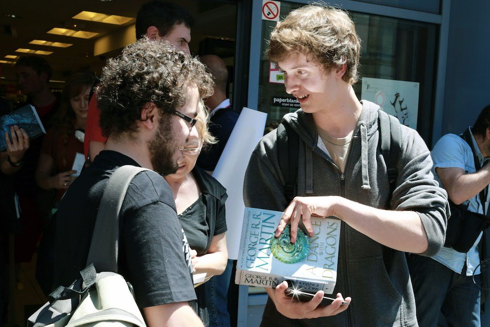 """Fans of the series """"Game of Thrones"""" await author of the book of that name, George RR Martin"""