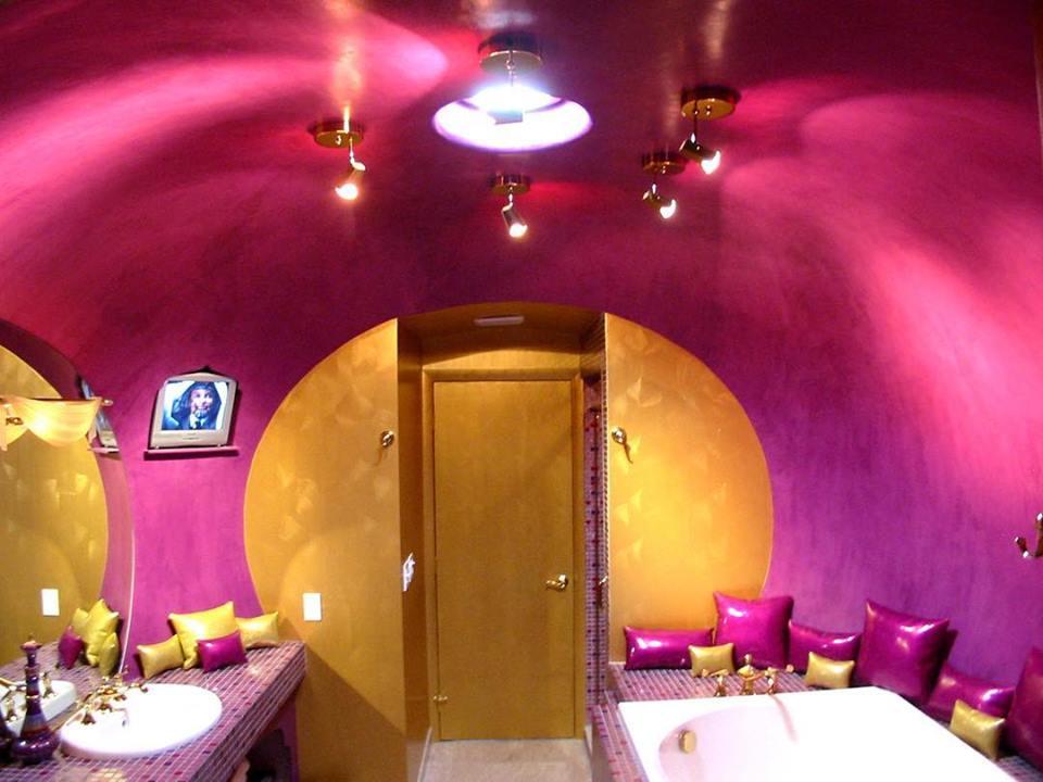 Genie room Roxbury lodging