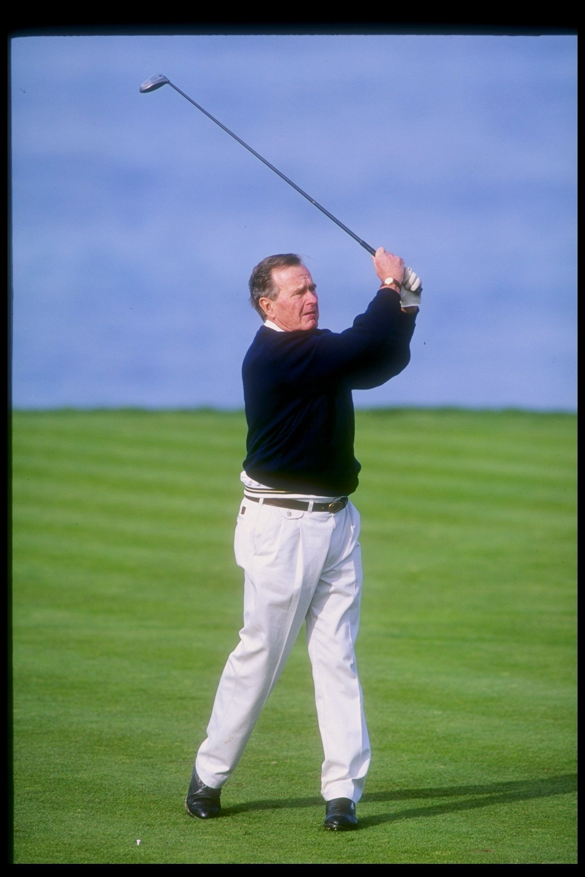 George HW Bush golfing