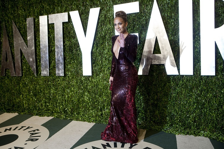 Jennifer Lopez arrives to the Vanity Fair Oscar Party for the 84th Annual Academy Awards at the Sunset Tower on February 26, 2012 in West Hollywood, California.