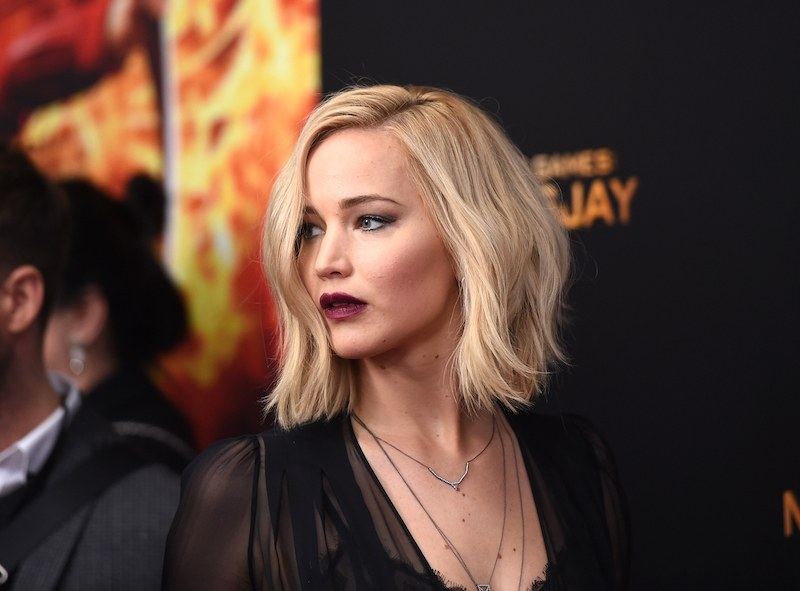 """NEW YORK, NY - NOVEMBER 18: Jennifer Lawrence attends """"The Hunger Games: Mockingjay- Part 2"""" New York Premiere at AMC Loews Lincoln Square 13 theater on November 18, 2015 in New York City. (Photo by Jamie McCarthy/Getty Images)"""