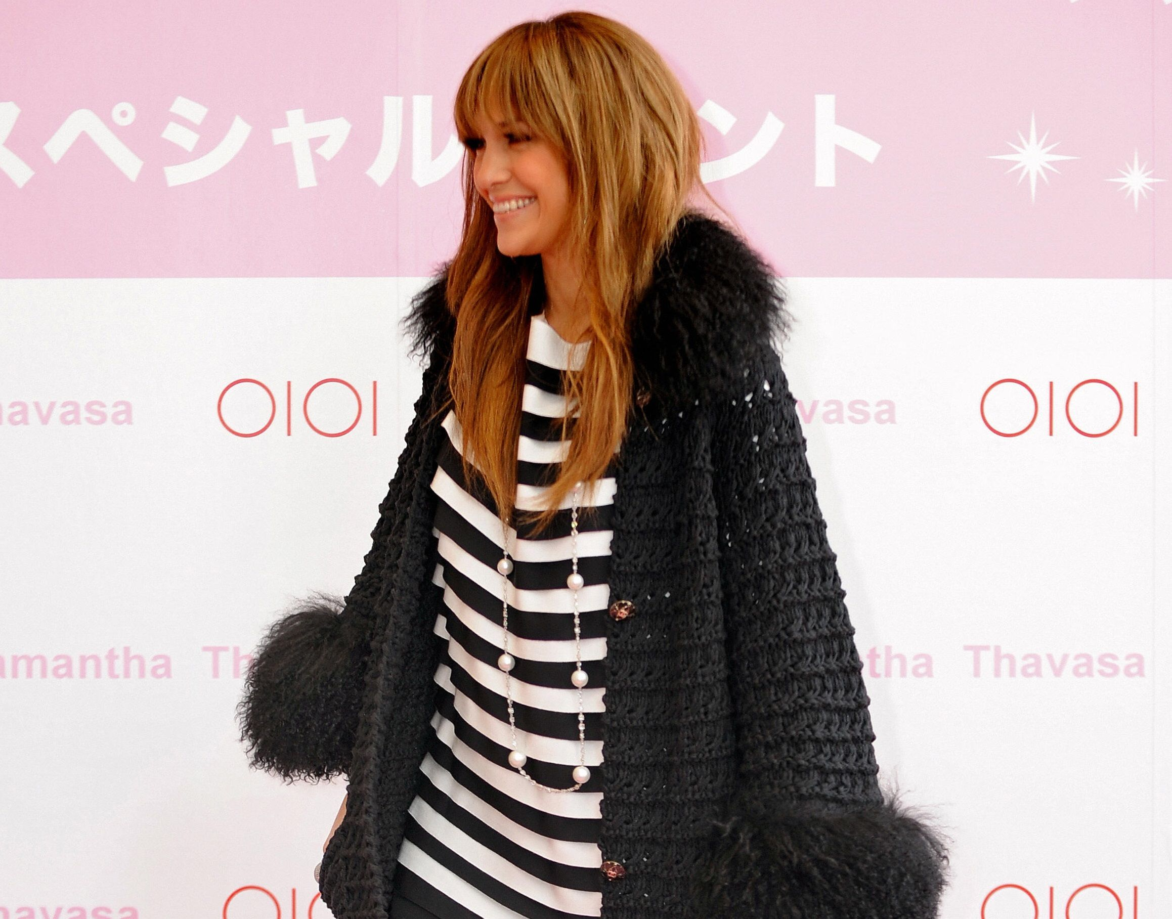 US actress and pop singer Jennifer Lopez makes an appearance at an event by Japanese fashion company Samantha Thavasa in the young fashion district of Shibuya in Tokyo on March 29, 2009.