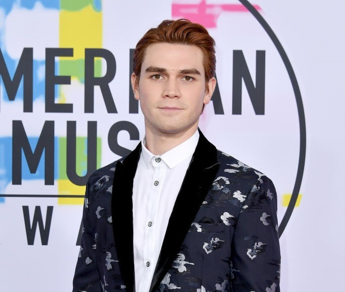 KJ Apa attends the 2017 American Music Awards at Microsoft Theater on November 19, 2017 in Los Angeles, California.