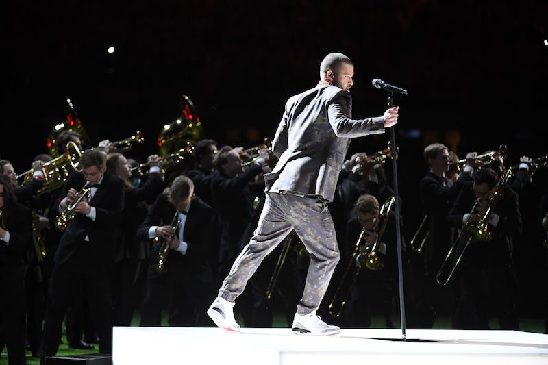 Singer Justin Timberlake performs during the Pepsi Super Bowl LII Halftime Show at US Bank Stadium in Minneapolis, Minnesota, on February 4, 2018. / AFP PHOTO / TIMOTHY A. CLARY (Photo credit should read TIMOTHY A. CLARY/AFP/Getty Images)