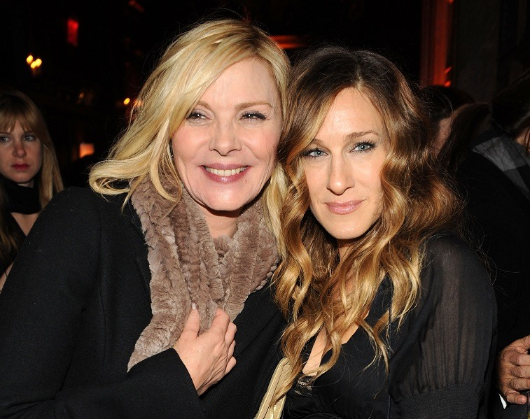 """Actors Kim Cattrall and Sarah Jessica Parker attend the premiere of """"Did You Hear About the Morgans?"""" after party at The Oak Room on December 14, 2009 in New York City."""