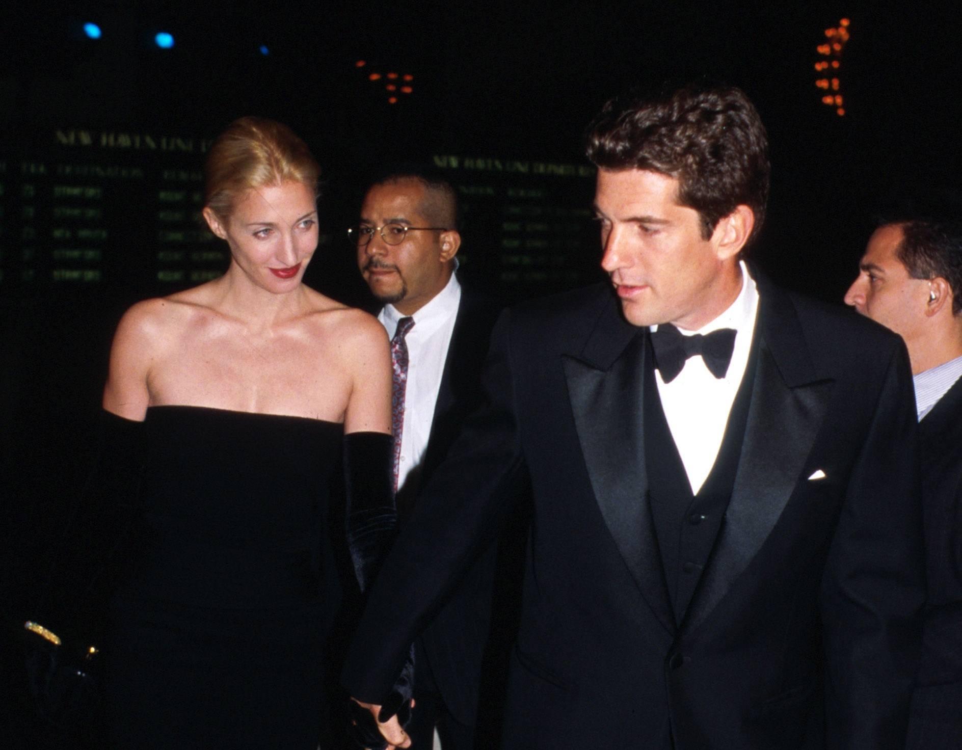 John F Kennedy Jr and Carolyn Bessette