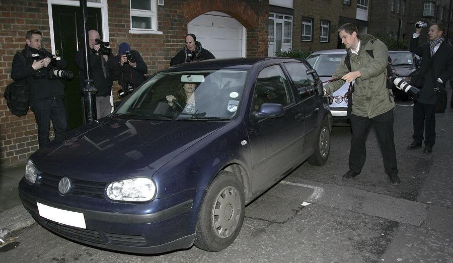 Kate Middleton leaves her Chelsea flat on her 25th birthday