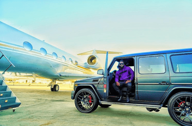 Kevin Hart car and jet