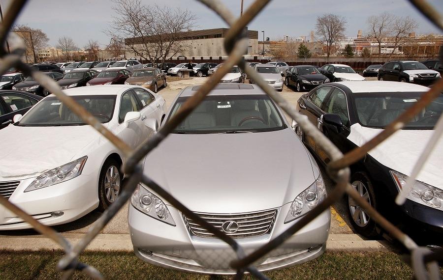 New Lexus vehicles sit on the lot
