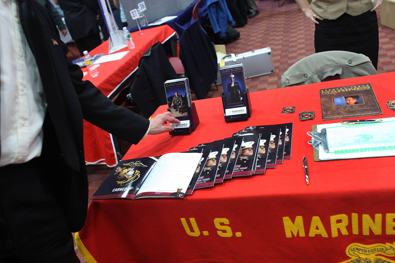Military recruiting Marines