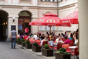 McDonald's Earns $36 Billion a Year, But These Fast Food Restaurants Could Take Down the Golden Arches