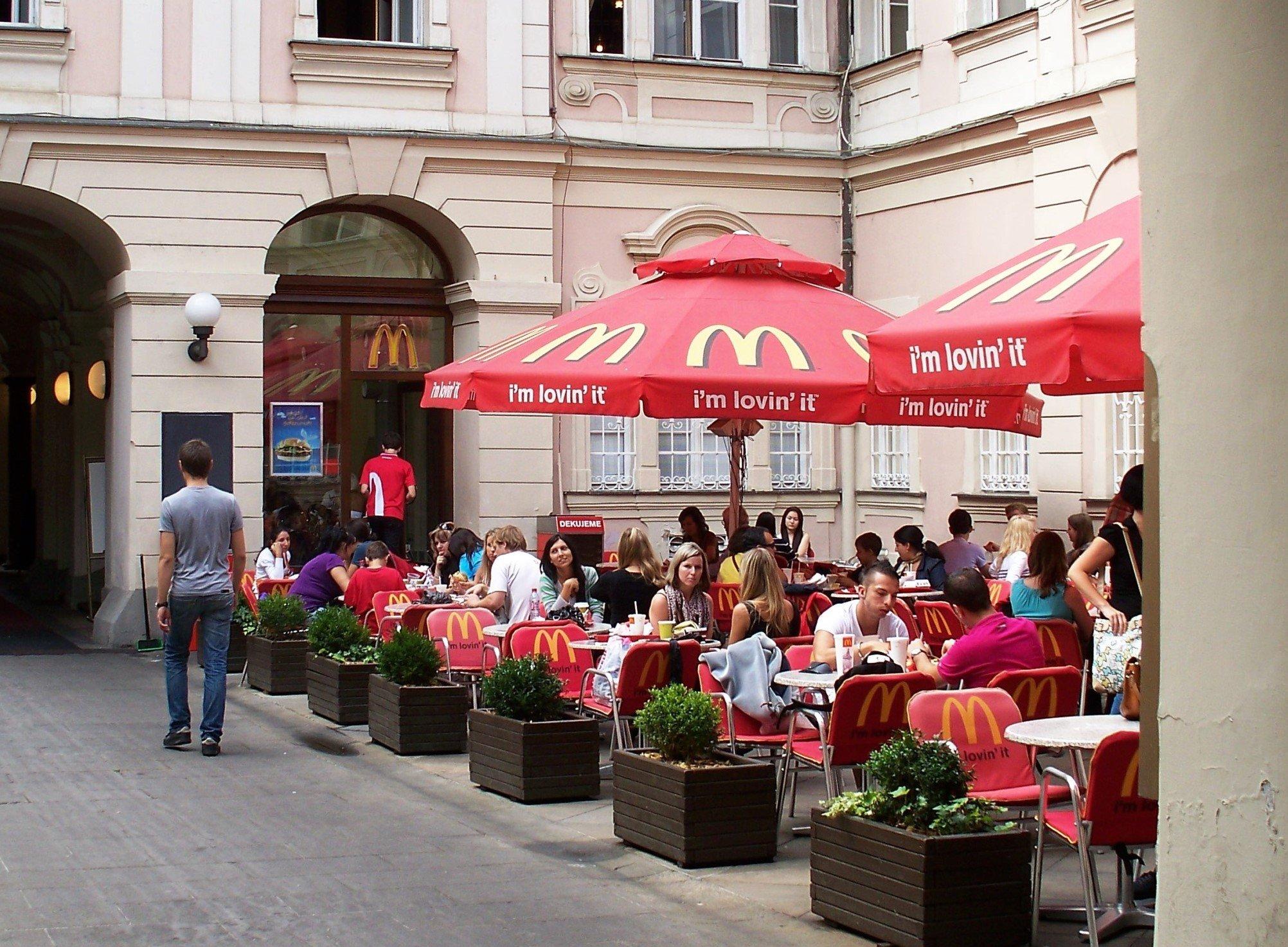 McDonald's Prague High Contrast
