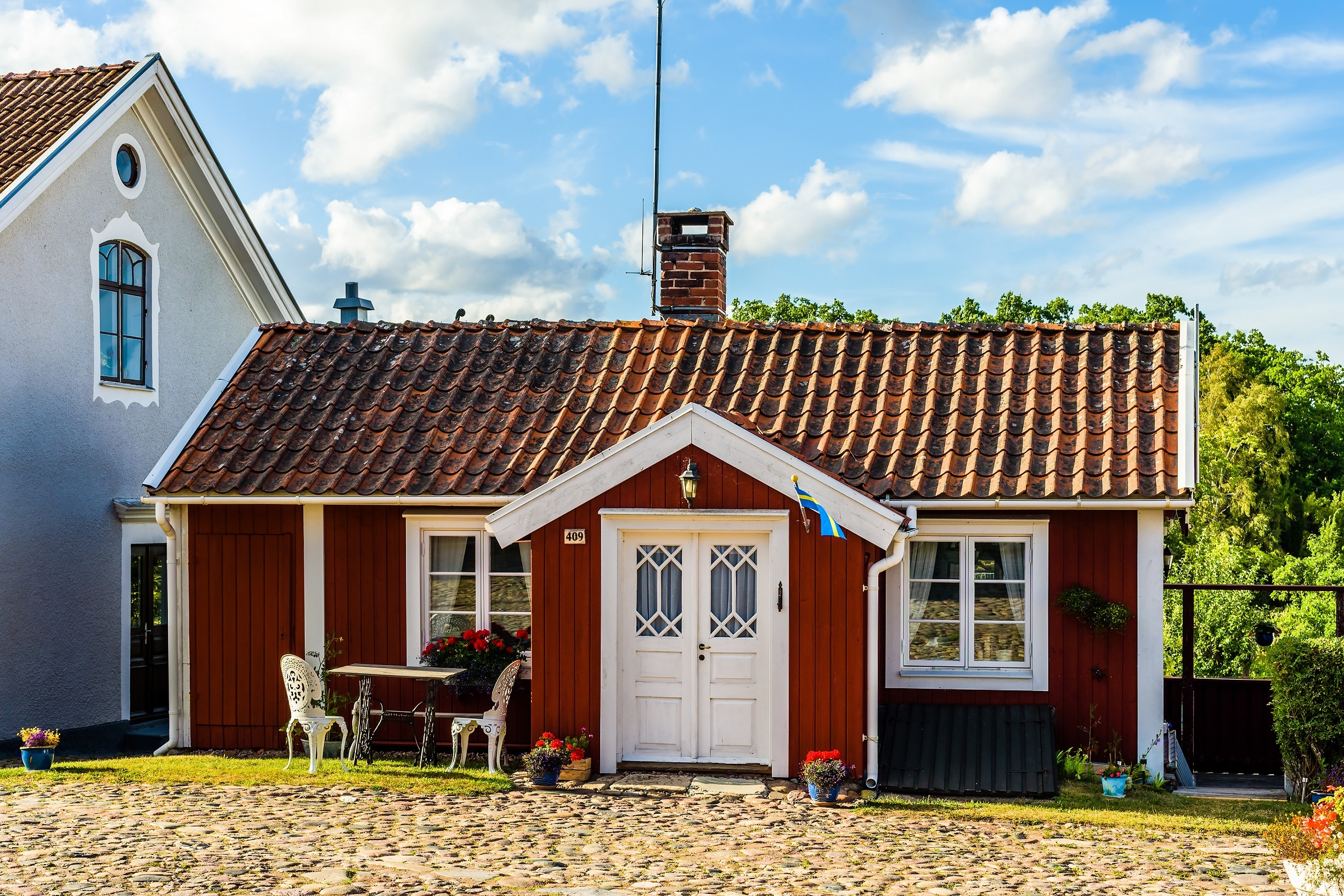 Tiny red house