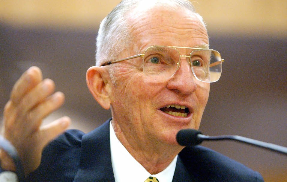 Former U.S. presidential candidate H. Ross Perot testifies before a California Senate committee