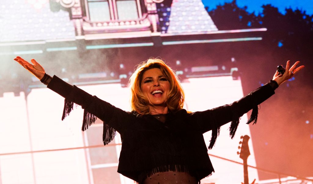 Shania Twain performs at the 2017 Stagecoach Country Music