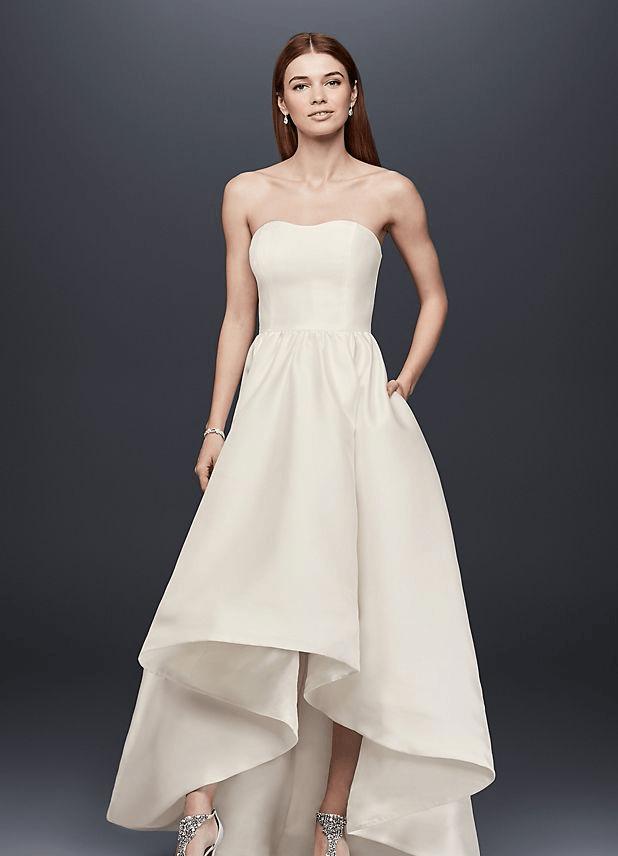 Structural wedding dress