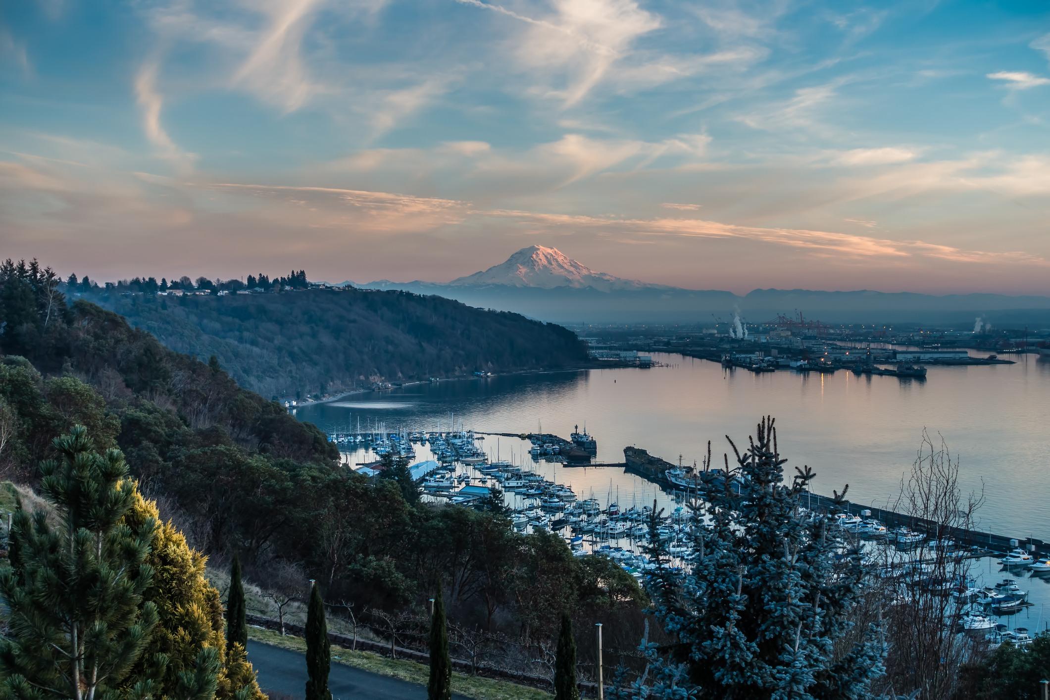 Tacoma Washington and Mount Rainier