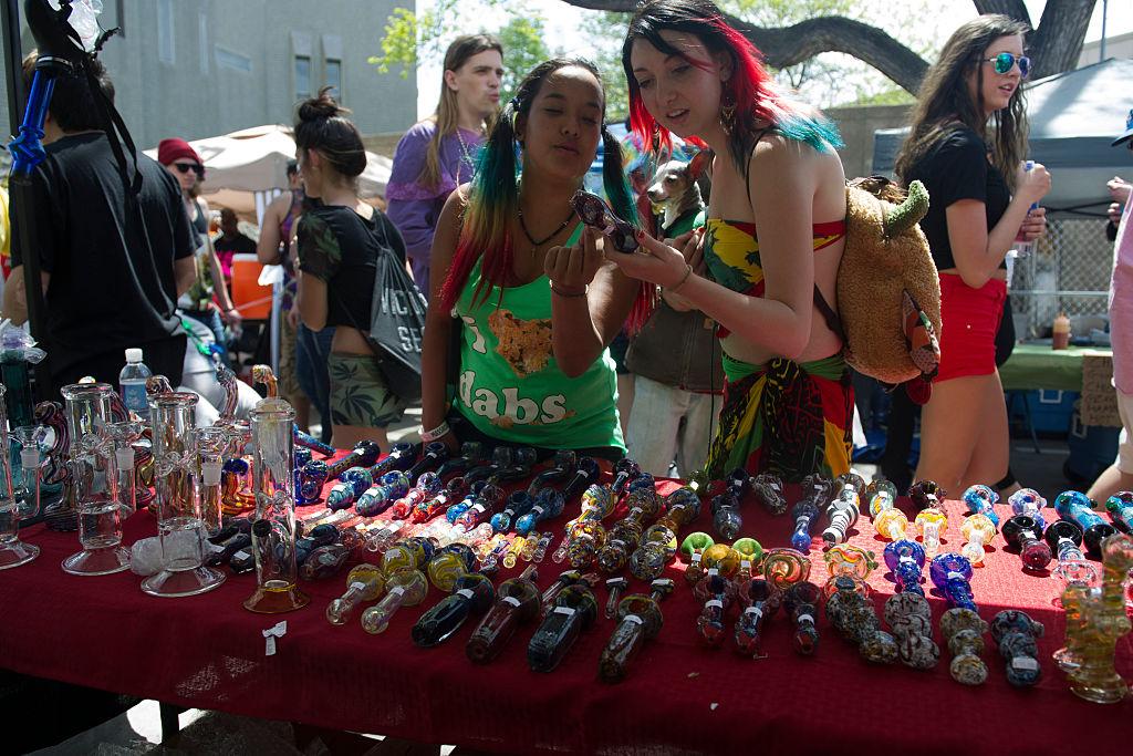 People explore various cannabis paraphernalia