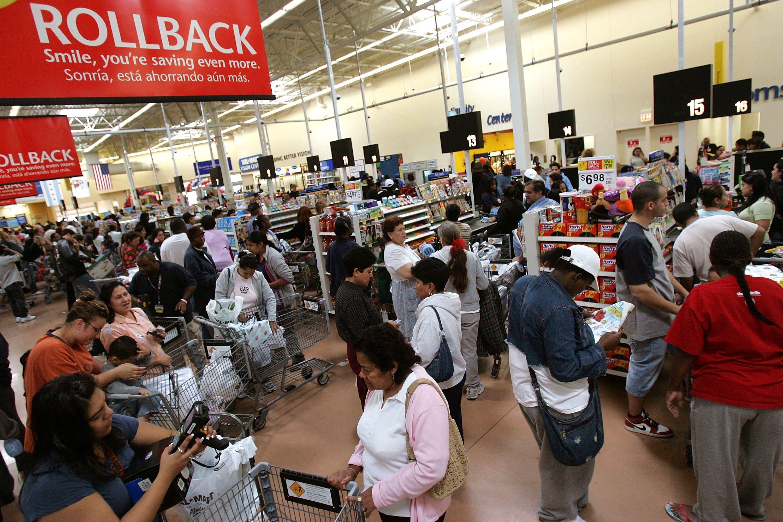 Walmart checkout line in Chicago