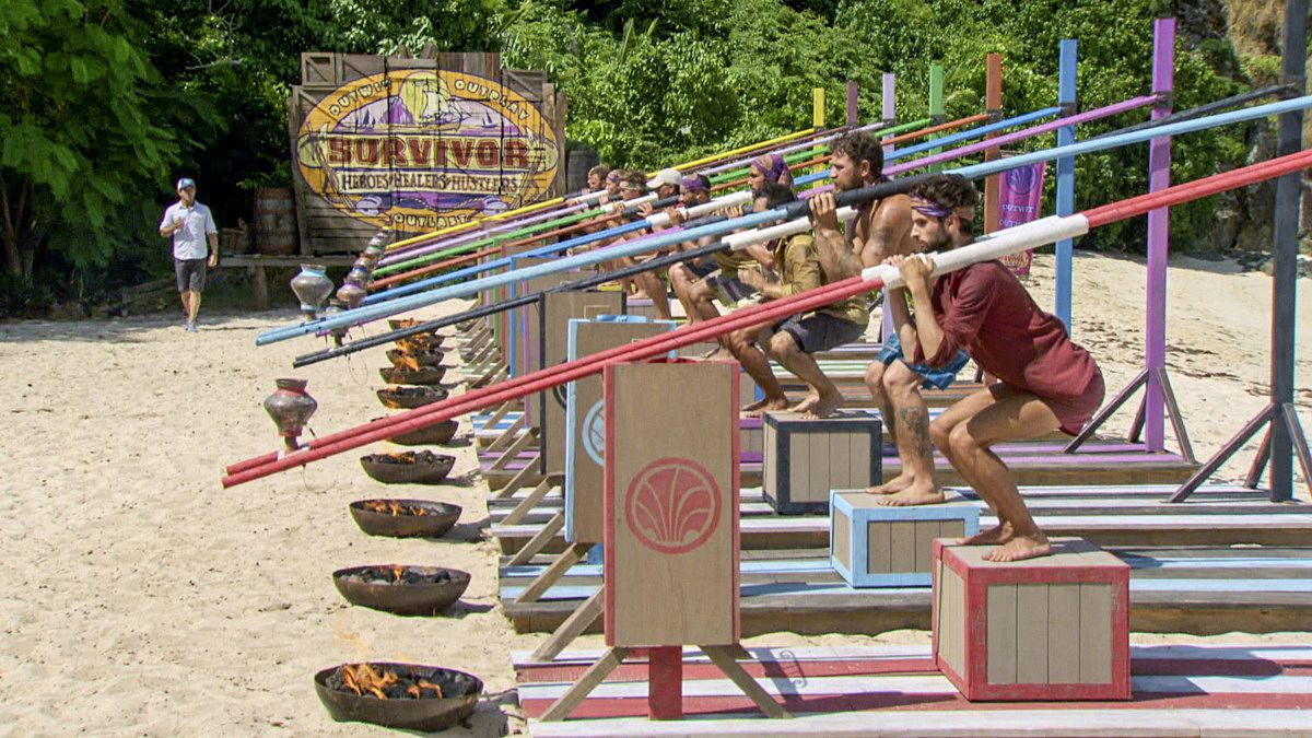 """""""Fear of the Unknown"""" - Ben Driebergen, Ryan Ulrich and the rest of the Survivors compete for Immunity on the ninth episode of SURVIVOR 35, themed Heroes vs. Healers vs. Hustlers, airing Wednesday, November 22 (8:00-9:00 PM, ET/PT) on the CBS Television Network. Photo: Screen Grab/CBS ©2017 CBS Broadcasting Inc. All Rights Reserved"""