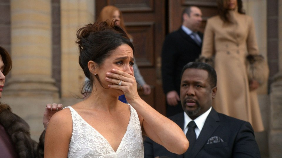 Meghan Markle wears a wedding dress as Rachel Zane on Suits