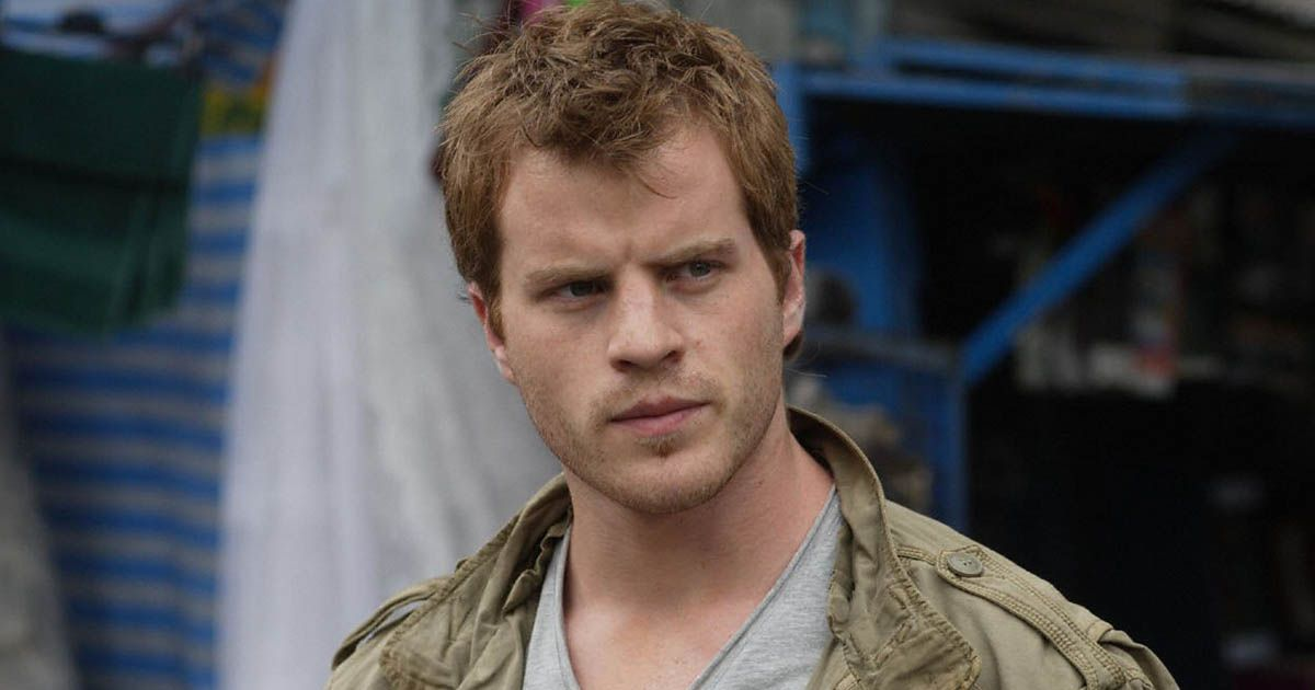 Rob Kazinsky on EastEnders