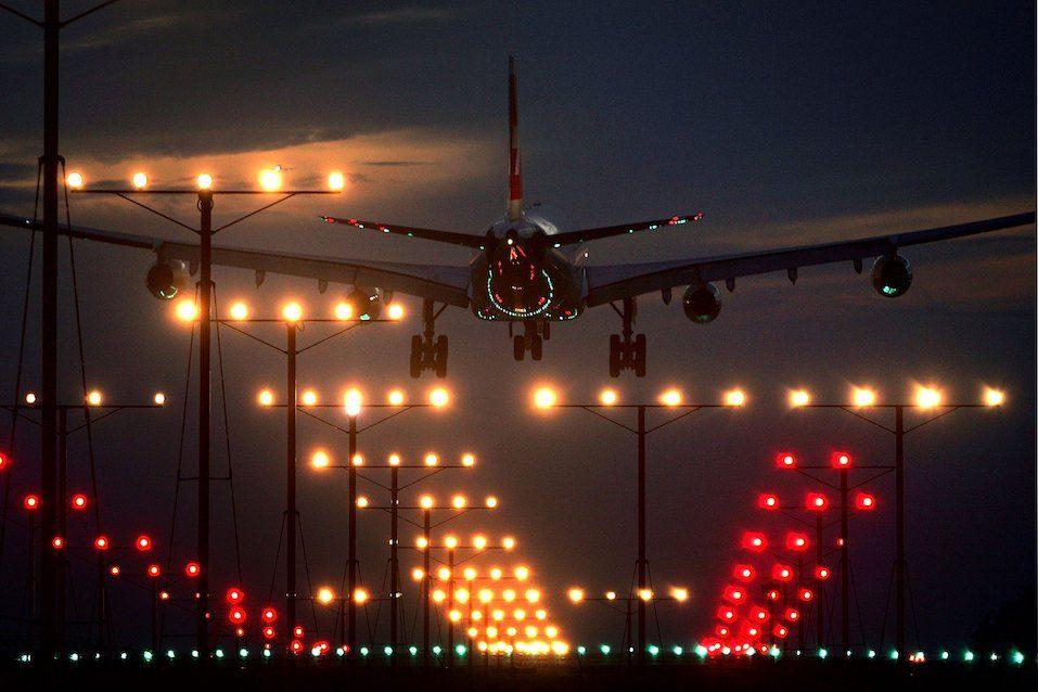 Airplane landing in night