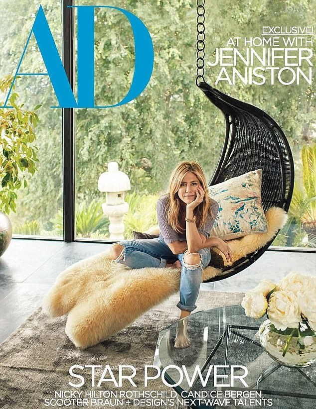 Architectural Digest Jennifer Anniston Cover